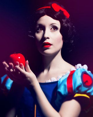 Snow White - Best of Cosplay Collection — GeekTyrant