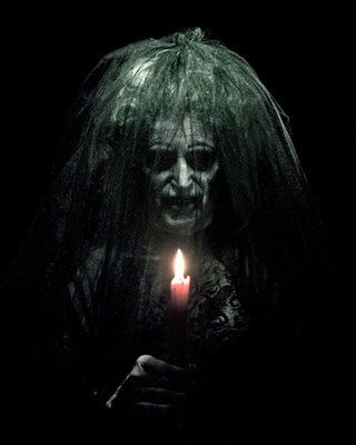 INSIDIOUS Coming to Universal Studios Halloween Horror ...