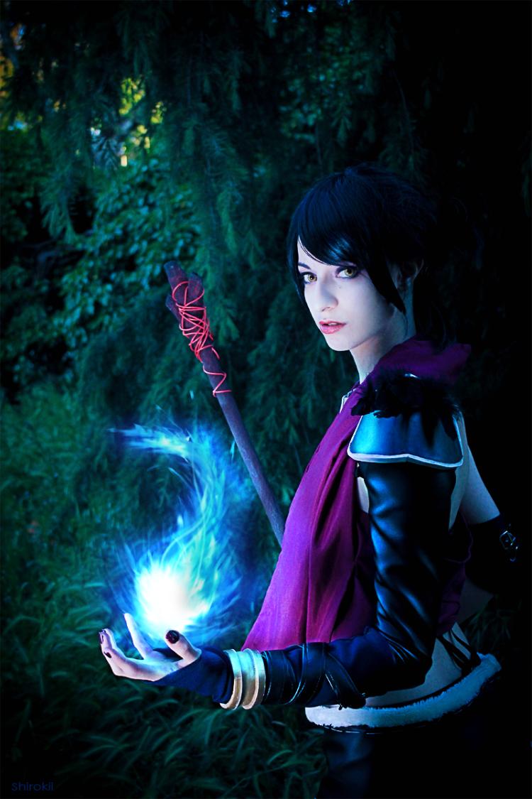 Shirokii is Morrigan | Photo by: Yuiie