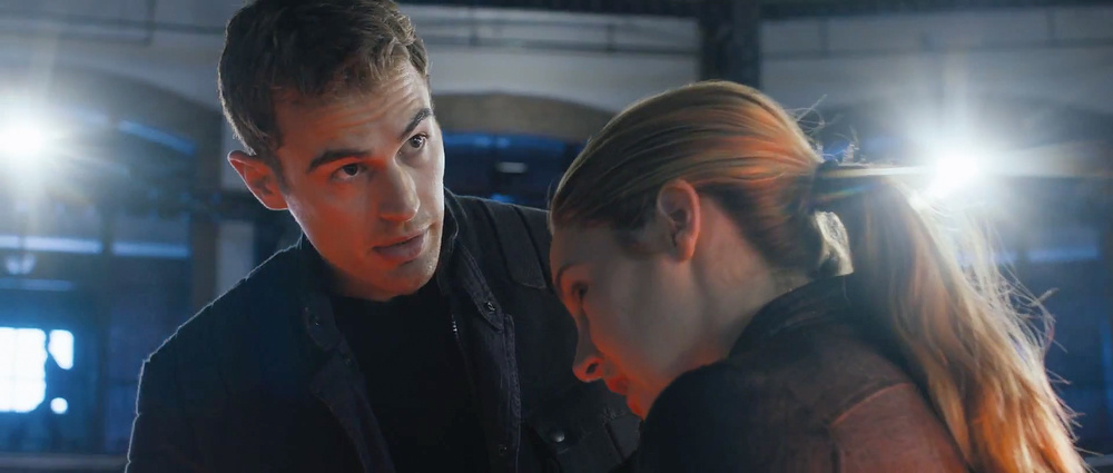 first-official-footage-from-the-futuristic-action-film-divergent-7.jpg