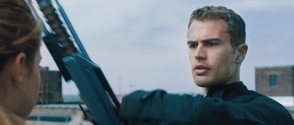 first-official-footage-from-the-futuristic-action-film-divergent-9.jpg