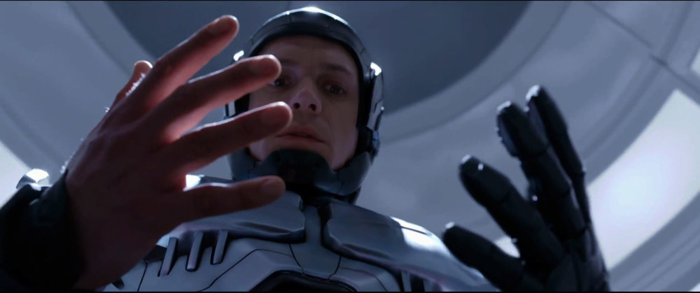 first-awesome-trailer-for-robocop-11.jpg