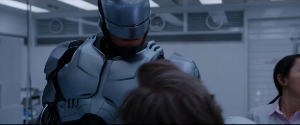 first-awesome-trailer-for-robocop-16.jpg
