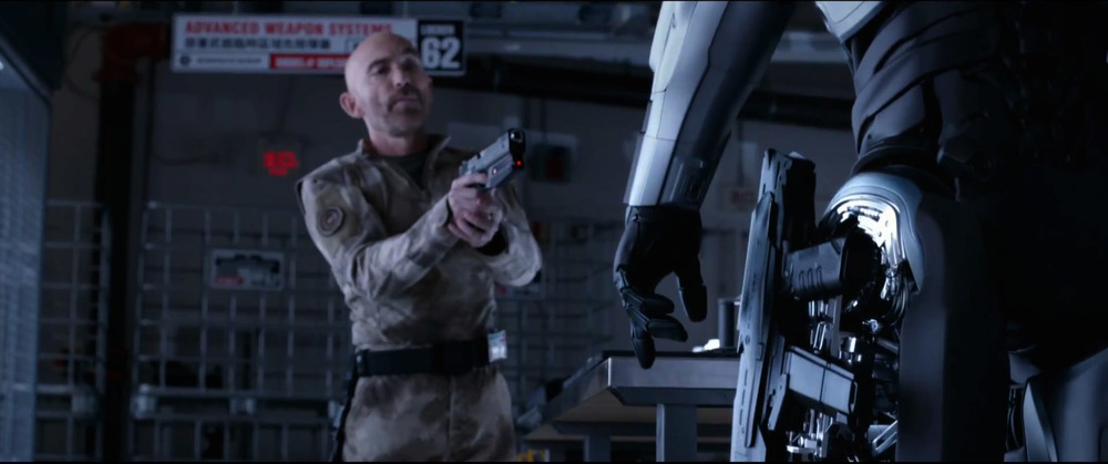 first-awesome-trailer-for-robocop-23.jpg