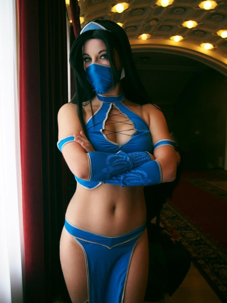 Anastasya  is Kitana | Photo by: Vera Artemova