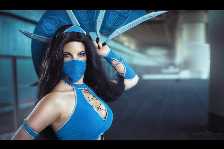 Anastasya  is Kitana | Photo by:  Alexander Turchanin