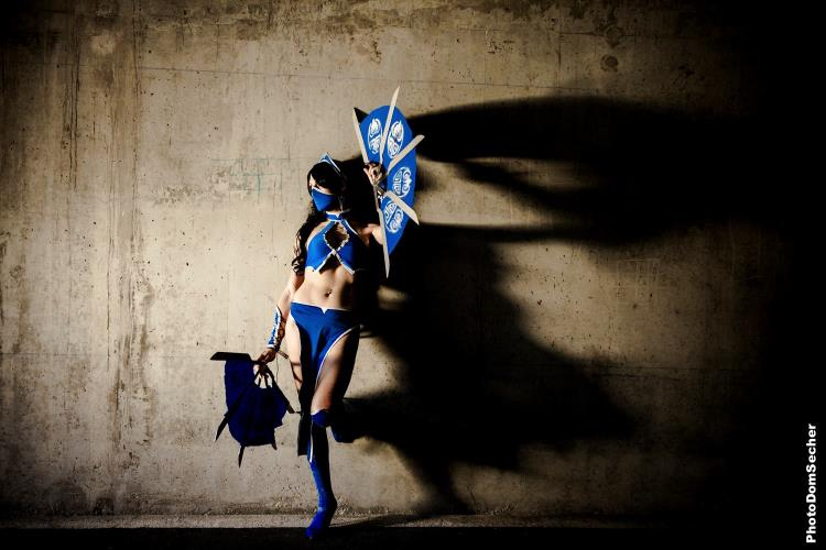VioletWitch666  is Kitana | Photo by: DomSecher