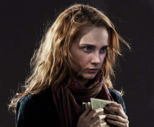 hermione_granger_by_a_scudder-d685dly.jpg