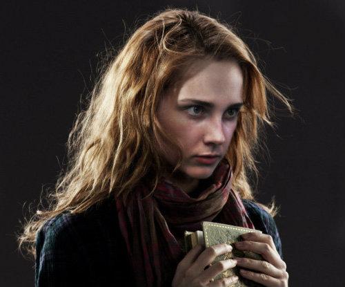 hermione_granger_by_a_scudder-d685dly.jpg