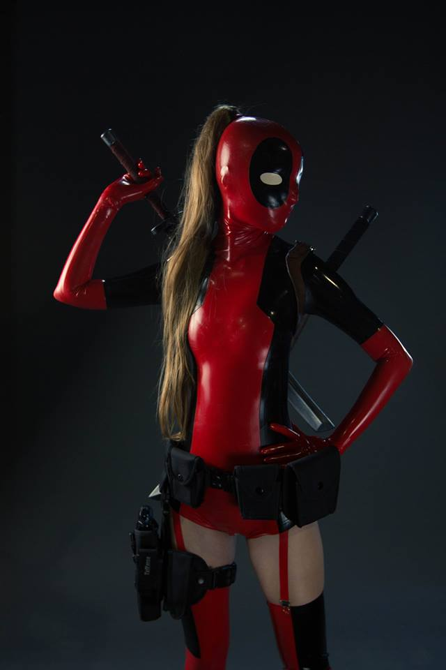 Cosplay Attack: Lady Deadpool, Ms Marvel, Wonder Woman ...