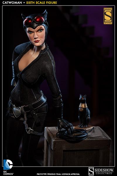 Catwoman_press01.jpg