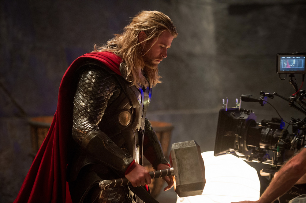 director-alan-taylor-discusses-thor-the-dark-world-header-1.jpg