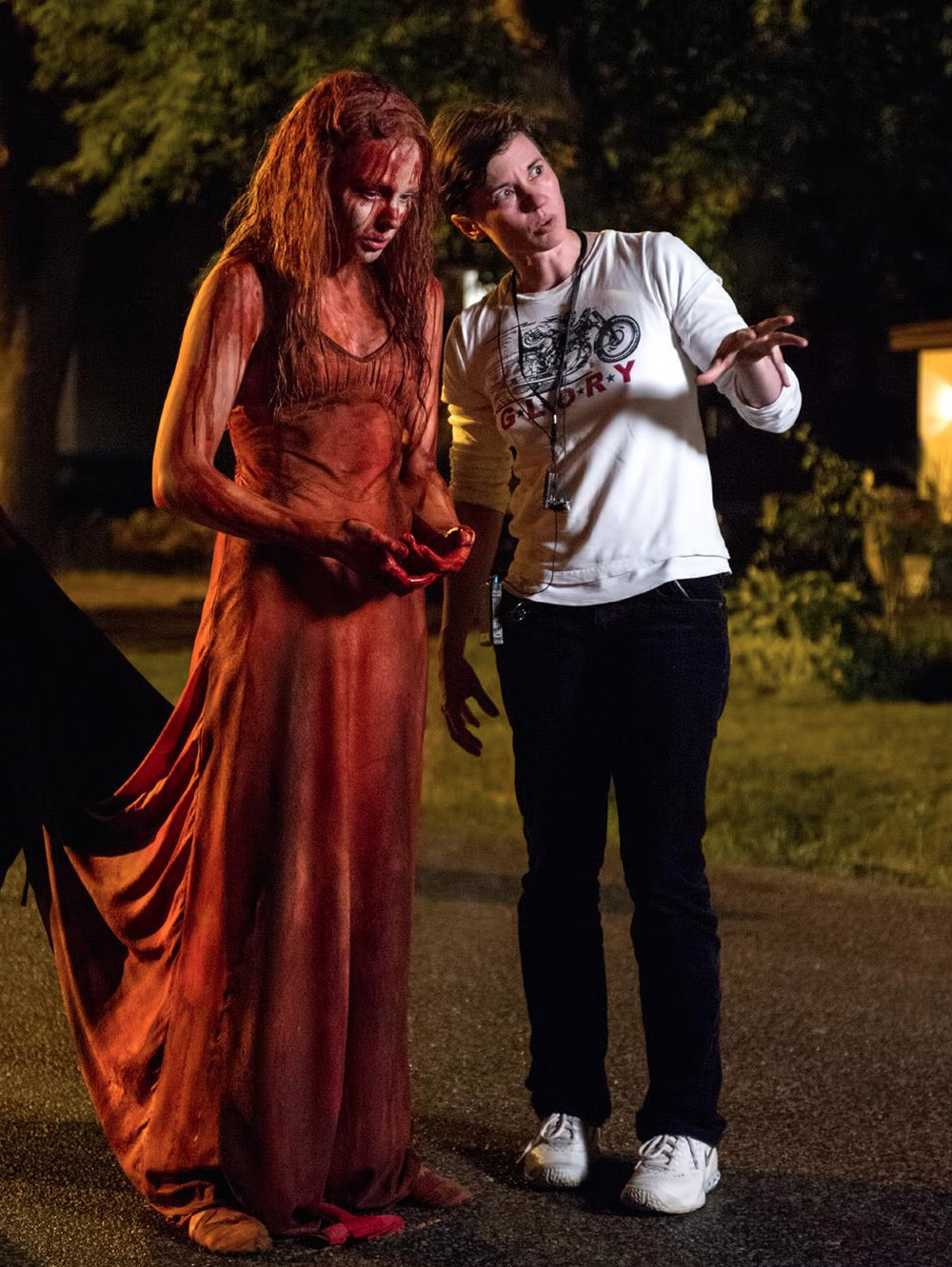 carrie-tv-spot-and-4-new-photos-4.jpg