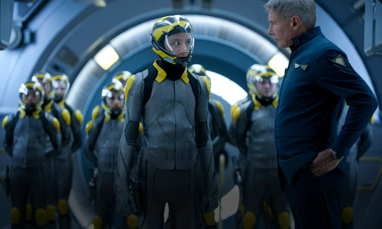 Latest ENDER'S GAME Photos Showcase The Battle Room And Hailee Steinfeld