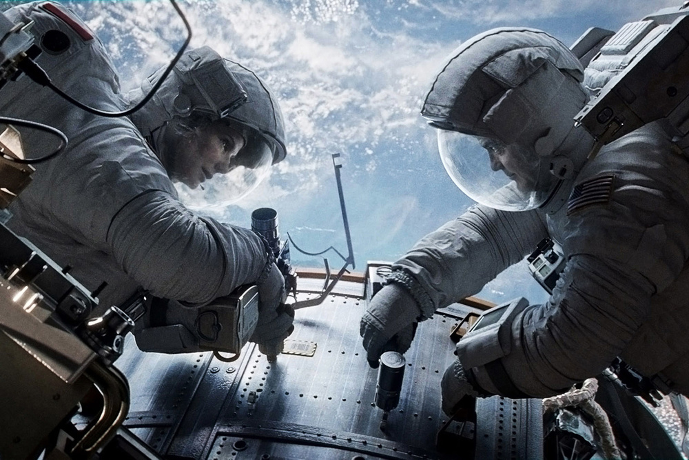 gravity-movie-review-best-movie-of-the-year-1.jpg