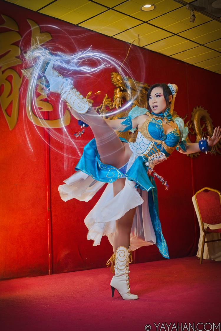 Yaya Han  is Chun-Li | Photo by:  Benny Lee