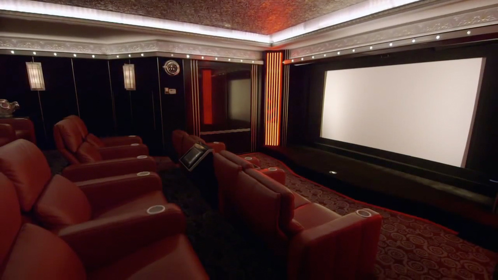 check-out-this-custom-made-million-dollar-home-theater-8.jpg