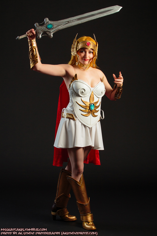 cosplay attack shera red sonwonder woman april oneil