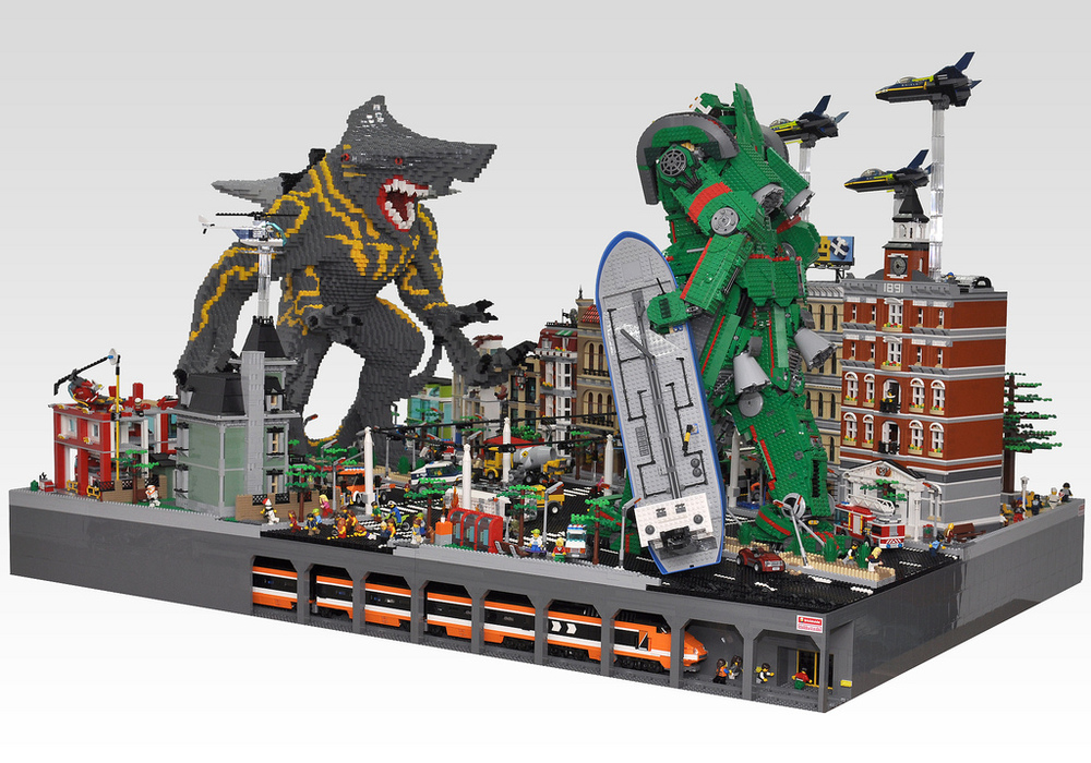 PACIFIC RIM Kaiju and Jaeger Battle Recreated in LEGO — GeekTyrant Pacific Rim 2013