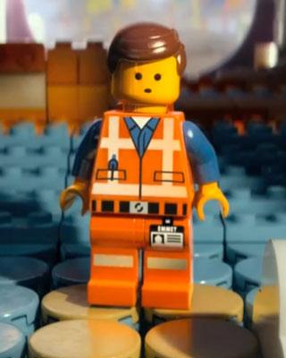 THE LEGO MOVIE Teaser - Meet Emmet — GeekTyrant  THE LEGO MOVIE ...