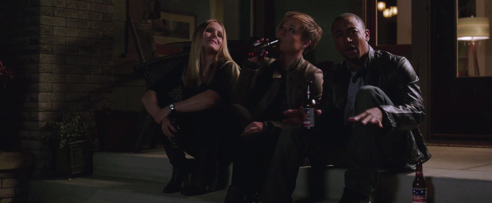 veronica-mars-movie-sneak-peek-love-triangle-3.jpg