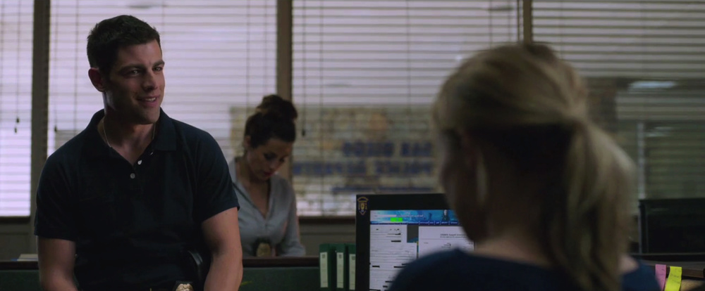 veronica-mars-movie-sneak-peek-love-triangle-14.jpg