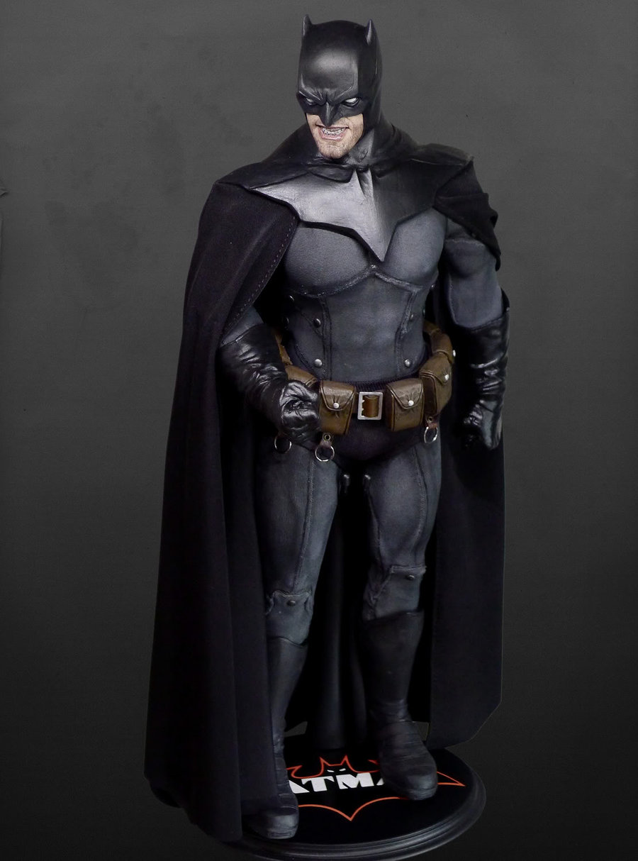 Batman Noel 1/6th scale figure by Rocco & BATMAN VS. SUPERMAN - Info on Batmanu0027s Costume and Batmobile ...