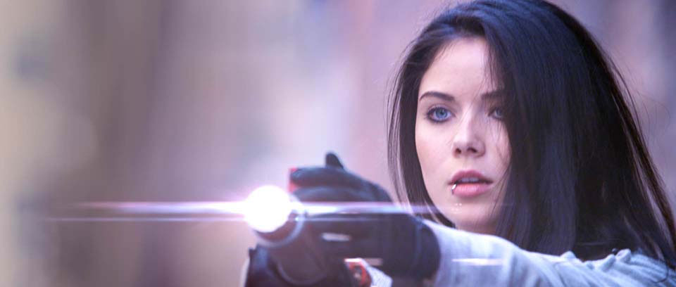cool-sci-fi-action-short-the-signal-9.jpg