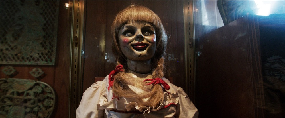 the conjuring annabell the doll face glass case.jpg