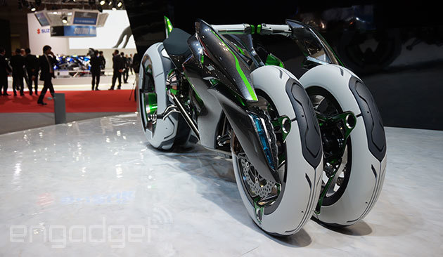 112013-kawasaki-j-electric-three-wheeler-concept-08-583x3899.jpg