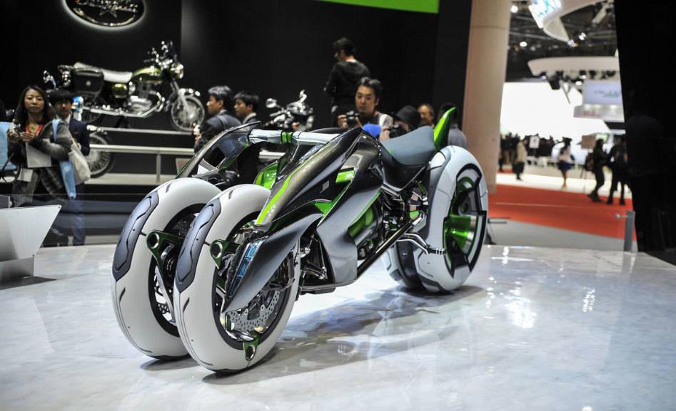 112013-kawasaki-j-electric-three-wheeler-concept-08-583x3892.jpg