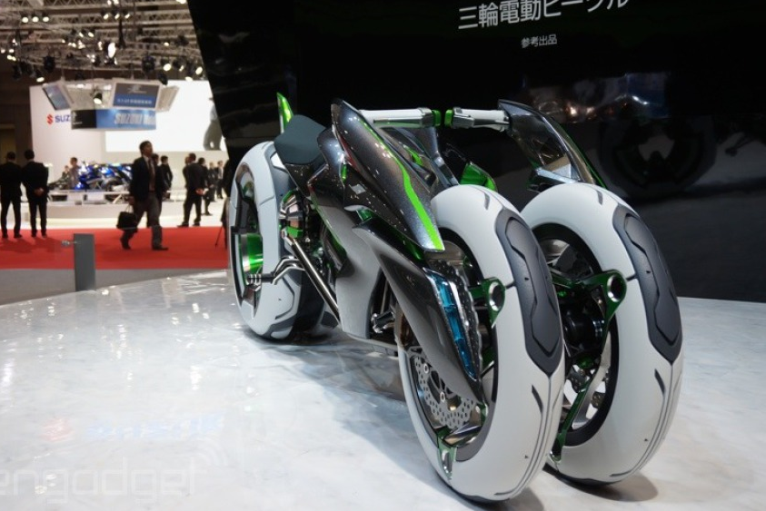 112013-kawasaki-j-electric-three-wheeler-concept-08-583x38911.png