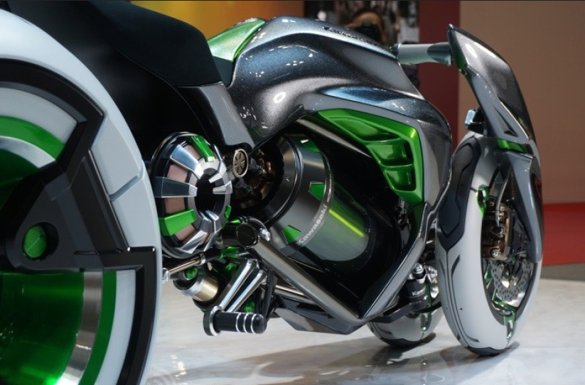 112013-kawasaki-j-electric-three-wheeler-concept-08-583x38912.png