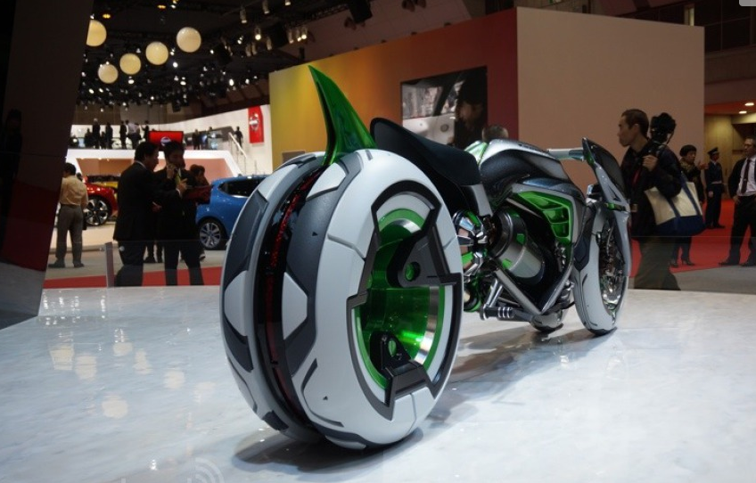 112013-kawasaki-j-electric-three-wheeler-concept-08-583x38914.png