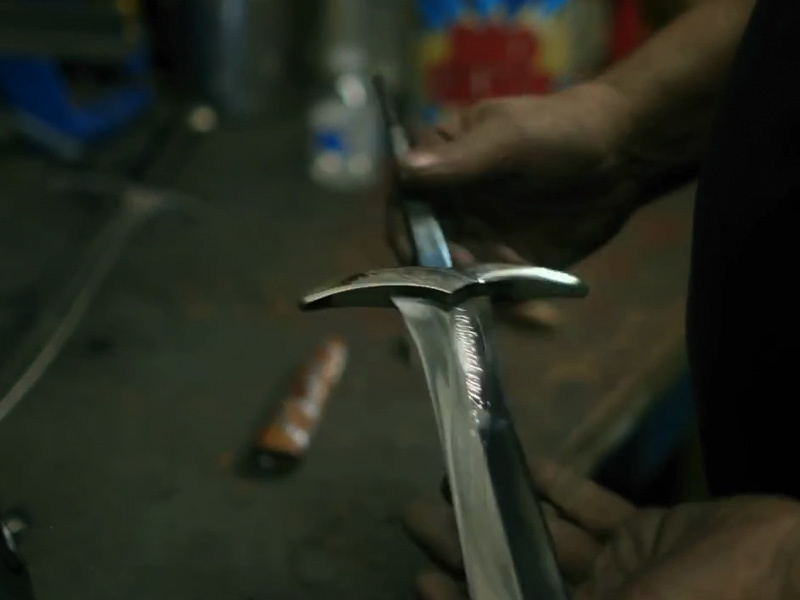 bilbos-sword-sting-from-the-hobbit-forged-by-man-at-arms-social.jpg