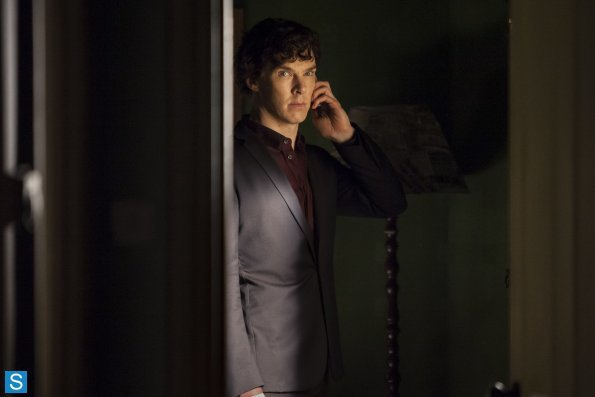 Sherlock - Episode 3.01 - The Empty Hearse - Full Set of Promotional Photos (4)_595_slogo.jpg