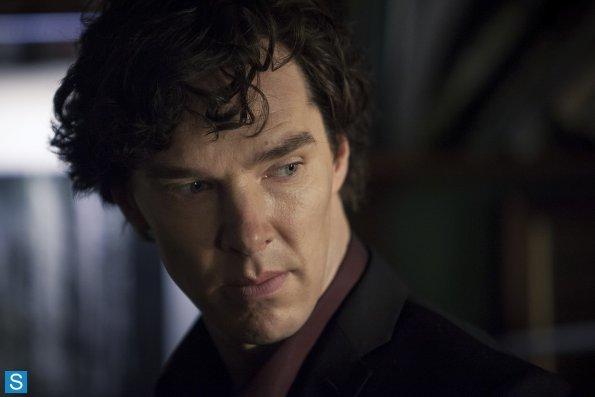 Sherlock - Episode 3.01 - The Empty Hearse - Full Set of Promotional Photos (5)_595_slogo.jpg