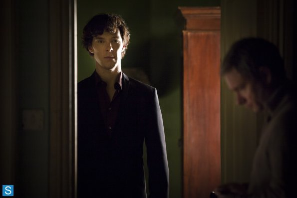 Sherlock - Episode 3.01 - The Empty Hearse - Full Set of Promotional Photos (6)_595_slogo.jpg