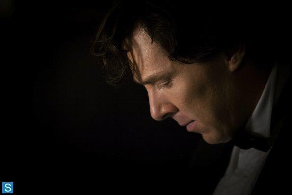 Sherlock - Episode 3.01 - The Empty Hearse - Full Set of Promotional Photos (9)_595_slogo.jpg