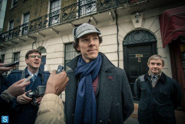 Sherlock - Episode 3.01 - The Empty Hearse - Full Set of Promotional Photos (18)_595_slogo.jpg