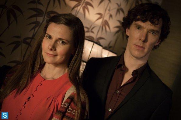 Sherlock - Episode 3.01 - The Empty Hearse - Full Set of Promotional Photos (20)_595_slogo.jpg