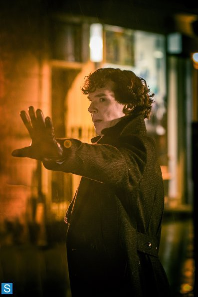 Sherlock - Episode 3.01 - The Empty Hearse - Full Set of Promotional Photos (19)_595_slogo.jpg