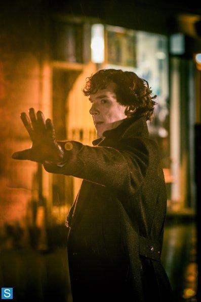 Sherlock - Episode 3.01 - The Empty Hearse - Full Set of Promotional Photos (19)_595_slogo.jpg