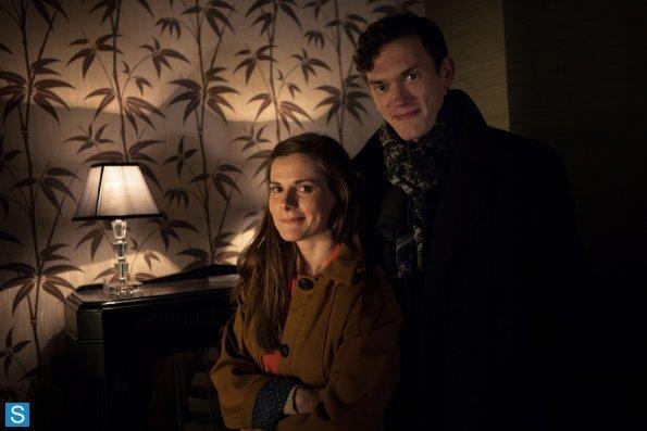 Sherlock - Episode 3.01 - The Empty Hearse - Full Set of Promotional Photos (21)_595_slogo.jpg