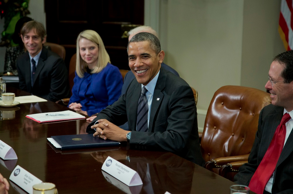 president-obama-loves-house-of-cards-asked-to-do-cameo.jpg