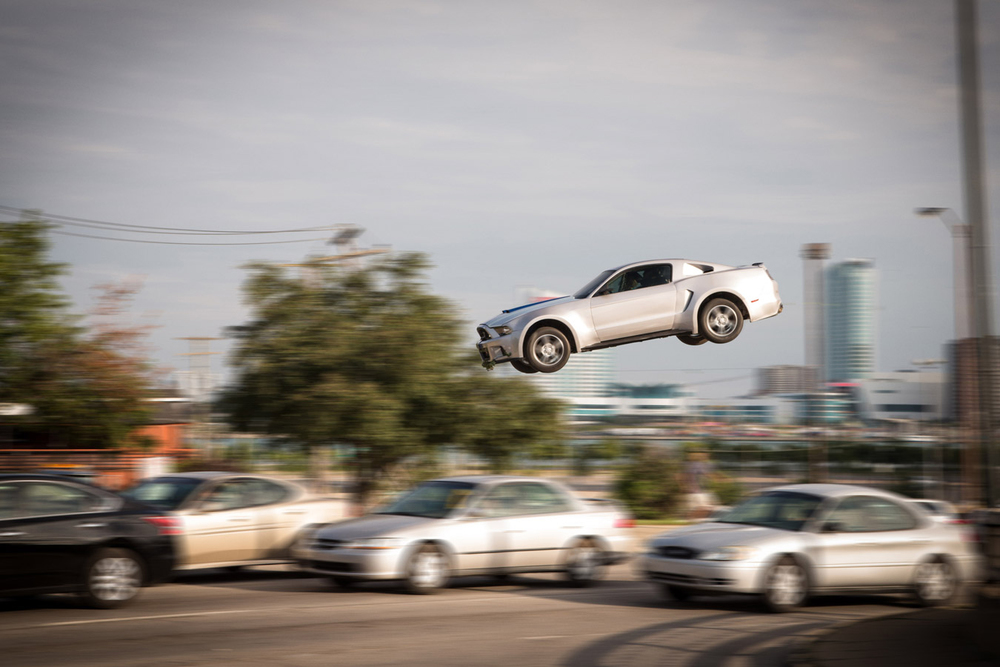 need-for-speed-car-stunt-featurette.jpg