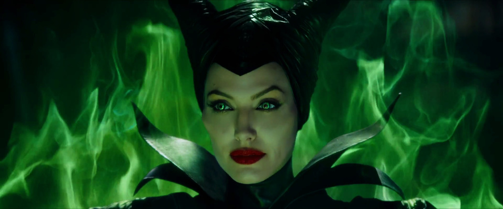 captivating-trailer-for-disneys-maleficent-dream-03.jpg
