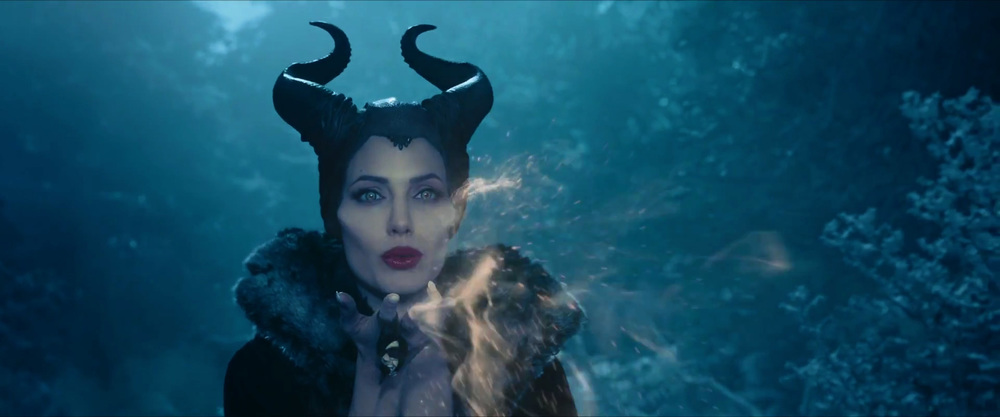 captivating-trailer-for-disneys-maleficent-dream-04.jpg