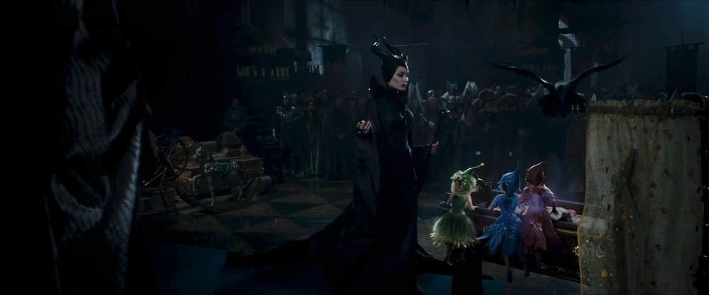 captivating-trailer-for-disneys-maleficent-dream-06.jpg