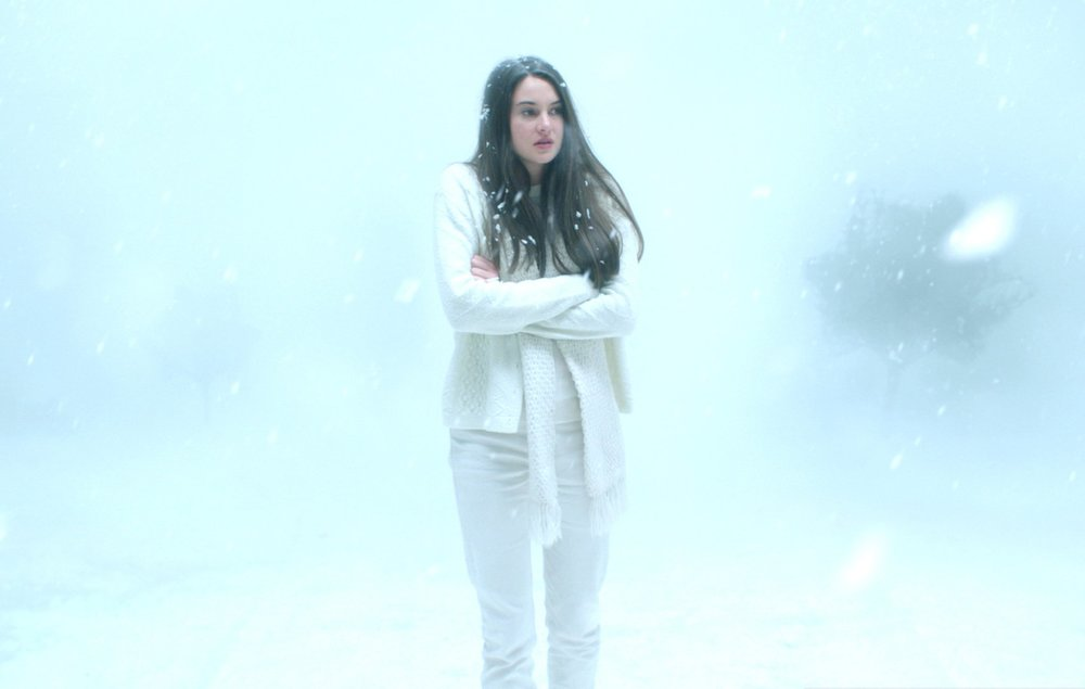 eva-green-is-full-on-batshit-crazy-in-white-bird-in-a-blizzard-video-review-sundance-14.jpg